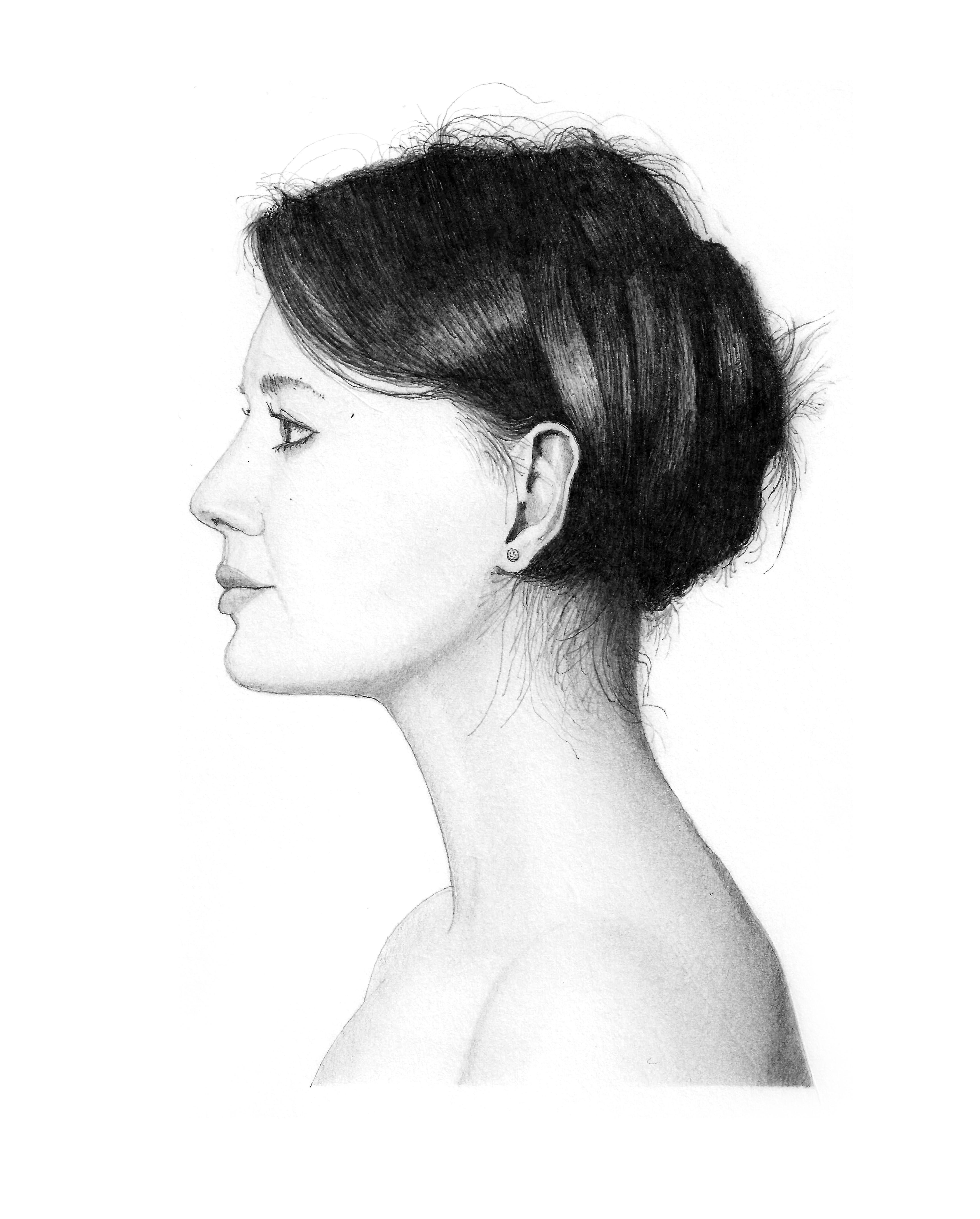 Woman in profile P13